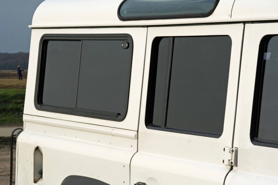 Land Rover Defender sliding windows