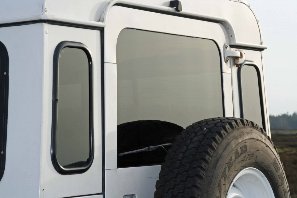 Land Rover Defender aftermarket glass